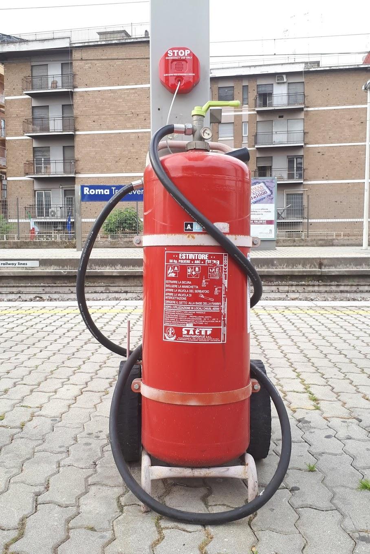 station extinguishers, train station extinguishers, metro extinguishers